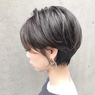 ナチュラル アウトドア ヘアアレンジ ウェーブ ヘアスタイルや髪型の写真・画像