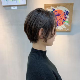 ラベンダーグレージュ グレージュ ショートヘア ショートボブ ヘアスタイルや髪型の写真・画像
