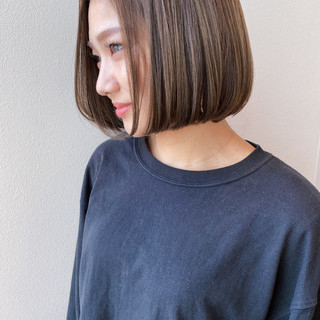 小顔 切りっぱなしボブ ボブヘアー ボブ ヘアスタイルや髪型の写真・画像