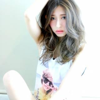 グラデーションカラー 外国人風 秋 ストレート ヘアスタイルや髪型の写真・画像