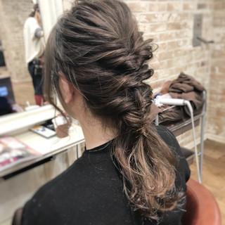 オフィス ヘアアレンジ セミロング 結婚式 ヘアスタイルや髪型の写真・画像