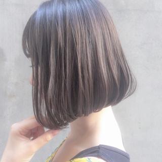 ボブ イルミナカラー ショートボブ 大人かわいい ヘアスタイルや髪型の写真・画像
