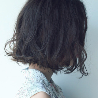 ボブ ローライト 透明感 ショートボブ ヘアスタイルや髪型の写真・画像