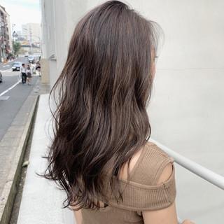 アッシュベージュ ミルクティーベージュ ベージュ アッシュブラウン ヘアスタイルや髪型の写真・画像