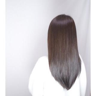セミロング 暗髪 大人かわいい ナチュラル ヘアスタイルや髪型の写真・画像