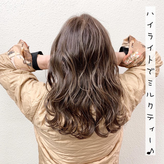 ハイライト ロング バレイヤージュ エレガント ヘアスタイルや髪型の写真・画像