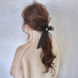ヘアアクセサリー ポニーテール ナチュラル 簡単ヘアアレンジ ヘアスタイルや髪型の写真・画像 ヘアスタイルや髪型の写真・画像
