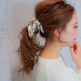 ヘアアクセ 大人女子 セミロング 簡単ヘアアレンジ ヘアスタイルや髪型の写真・画像 ヘアスタイルや髪型の写真・画像