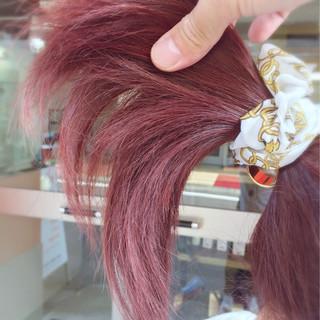 レッド ピンク ベリーピンク ナチュラル ヘアスタイルや髪型の写真・画像