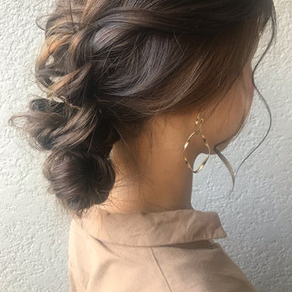 ロング 結婚式 簡単ヘアアレンジ デート ヘアスタイルや髪型の写真・画像