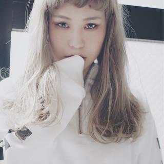 モード アッシュ 外国人風カラー アウトドア ヘアスタイルや髪型の写真・画像