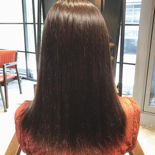 ミルクティーブラウン ナチュラル ミディアム oggiotto ヘアスタイルや髪型の写真・画像