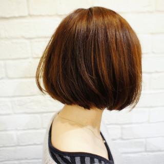 ナチュラル ボブ 色気 切りっぱなし ヘアスタイルや髪型の写真・画像 ヘアスタイルや髪型の写真・画像