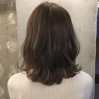 結婚式 謝恩会 オフィス ミディアム ヘアスタイルや髪型の写真・画像