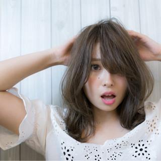 アンニュイ 大人かわいい ゆるふわ ナチュラル ヘアスタイルや髪型の写真・画像 ヘアスタイルや髪型の写真・画像