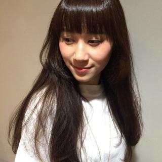 大人かわいい 暗髪 ロング ナチュラル ヘアスタイルや髪型の写真・画像
