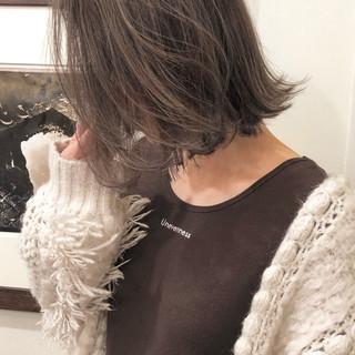 デート ナチュラル ベージュ ハイライト ヘアスタイルや髪型の写真・画像