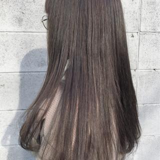 外国人風 アッシュ ロング カーキアッシュ ヘアスタイルや髪型の写真・画像