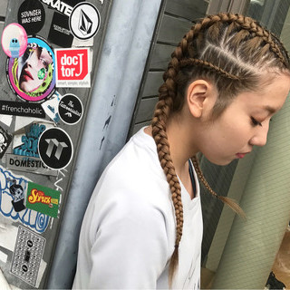 ストリート セミロング 暗髪 編み込み ヘアスタイルや髪型の写真・画像
