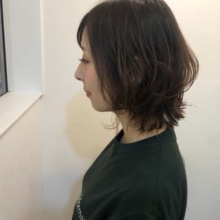 夏 アッシュベージュ 切りっぱなし ナチュラル ヘアスタイルや髪型の写真・画像 ヘアスタイルや髪型の写真・画像