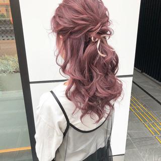 ピンク ピンクベージュ ガーリー ラベンダーピンク ヘアスタイルや髪型の写真・画像
