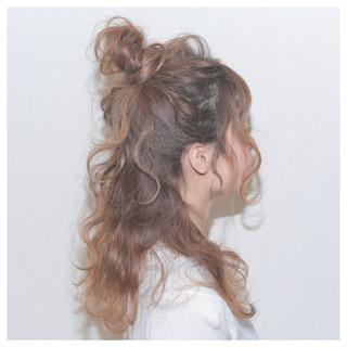 ヘアアレンジ セミロング お団子 大人かわいい ヘアスタイルや髪型の写真・画像