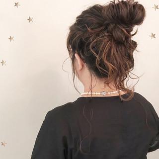 結婚式 ヘアアレンジ お団子 ストリート ヘアスタイルや髪型の写真・画像 ヘアスタイルや髪型の写真・画像