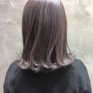 ナチュラル ハイライト 3Dハイライト ミディアム ヘアスタイルや髪型の写真・画像