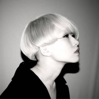 モード ボブ ハイトーン ブリーチ ヘアスタイルや髪型の写真・画像