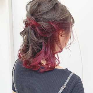 ガーリー レッド ヘアアレンジ 簡単ヘアアレンジ ヘアスタイルや髪型の写真・画像