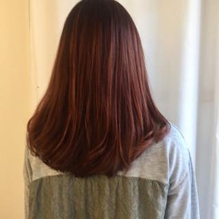 ブラウン モード レッド 艶髪 ヘアスタイルや髪型の写真・画像