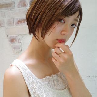 ウェットヘア ボブ ワイドバング ナチュラル ヘアスタイルや髪型の写真・画像