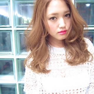 ハイライト 愛され ミディアム 渋谷系 ヘアスタイルや髪型の写真・画像 ヘアスタイルや髪型の写真・画像
