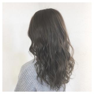 外国人風カラー イルミナカラー グレージュ モード ヘアスタイルや髪型の写真・画像