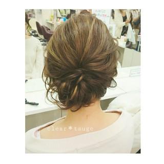シニヨン セミロング ゆるふわ フェミニン ヘアスタイルや髪型の写真・画像