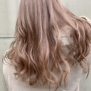 セミロング ベリーショート ショートボブ ウルフカット ヘアスタイルや髪型の写真・画像