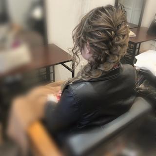 編み込み ヘアセット セミロング ヘアアレンジ ヘアスタイルや髪型の写真・画像