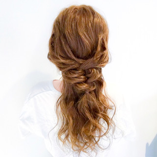 バレンタイン 簡単ヘアアレンジ ロング フェミニン ヘアスタイルや髪型の写真・画像