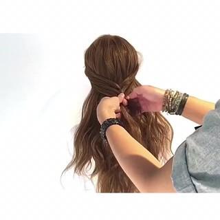 フェミニン 三つ編み 外国人風 ヘアアレンジ ヘアスタイルや髪型の写真・画像 ヘアスタイルや髪型の写真・画像