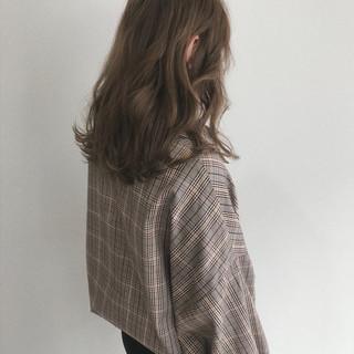 ウェーブ デート オフィス ナチュラル ヘアスタイルや髪型の写真・画像