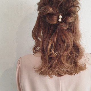ヘアアレンジ ミディアム ハーフアップ イルミナカラー ヘアスタイルや髪型の写真・画像