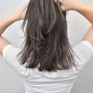 アッシュベージュ 外国人風 ハイライト 外国人風カラー ヘアスタイルや髪型の写真・画像