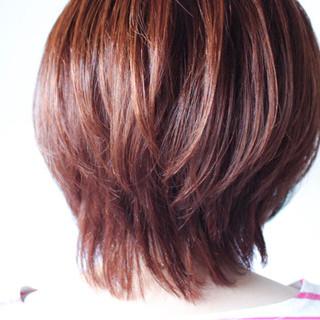 マッシュ ミディアム ショート レイヤーカット ヘアスタイルや髪型の写真・画像