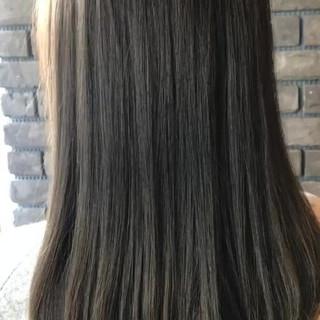 アンニュイ セミロング バレンタイン ゆるふわ ヘアスタイルや髪型の写真・画像