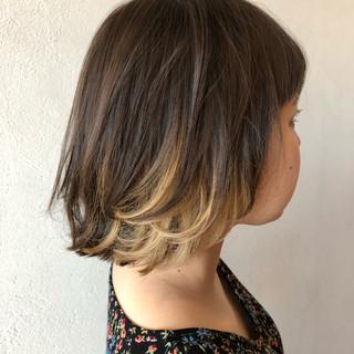 ボブ ミルクティーベージュ インナーカラー ミルクティーアッシュ ヘアスタイルや髪型の写真・画像