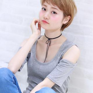 ショート ヘアアレンジ ハイトーン 外国人風カラー ヘアスタイルや髪型の写真・画像