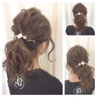 「サッと簡単なまとめ髪」忙しい大人女子のお助けヘアアレンジ15選