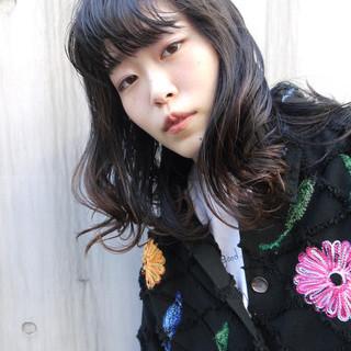 黒髪 デート ミディアム ストリート ヘアスタイルや髪型の写真・画像