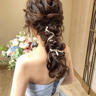 アンニュイほつれヘア フェミニン 大人かわいい ゆるナチュラル ヘアスタイルや髪型の写真・画像