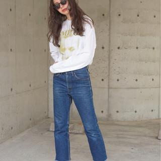ゆるふわ ロング リラックス グレージュ ヘアスタイルや髪型の写真・画像